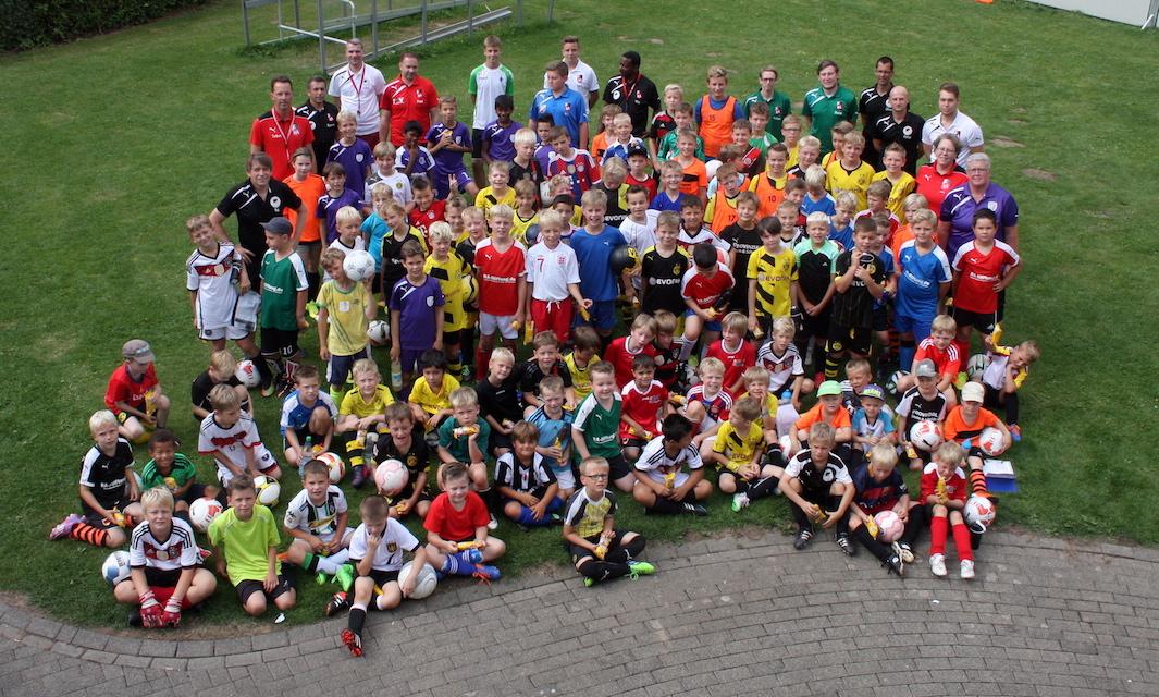 9. Fußball-Camp